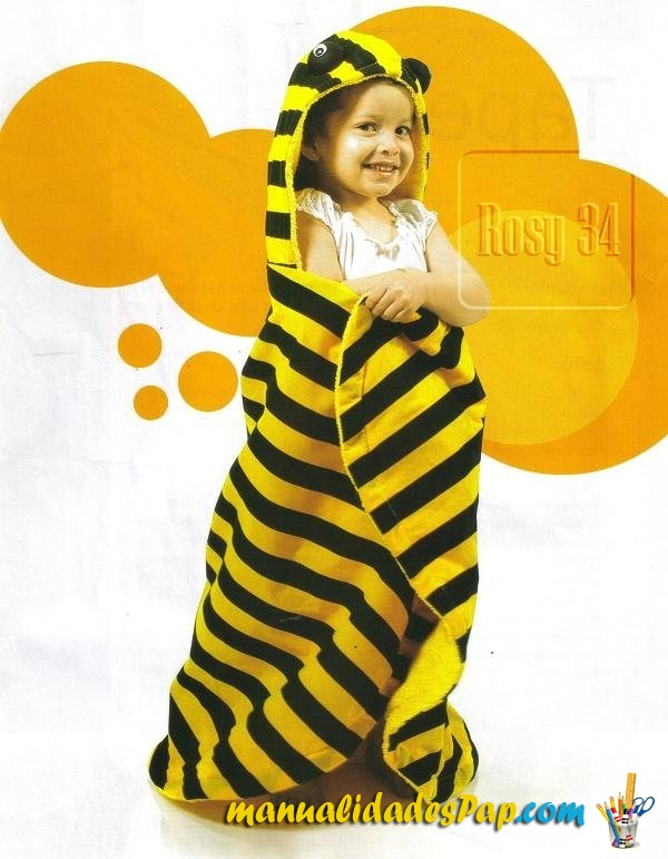 como hacer toallas con capucha abeja